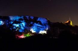 Le château illuminé dans la nuit